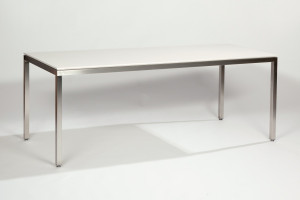 Metaform S16, eettafel