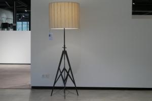 Diesel Pylon vloerlamp opruiming