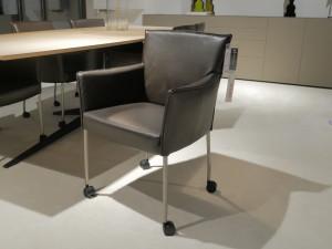 Design On Stock Amra eetkamerstoelen opruiming