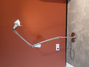 Opruiming: Lumina Naomi vloerlamp aluminium