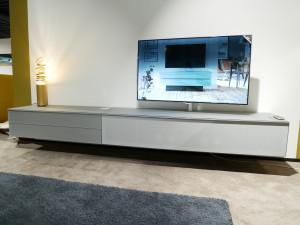 Spectral Scala TV-kast opruiming